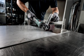 Metabo SE 17-200 RT Satinatrice Professionale 1700 W con Rullo Omaggio